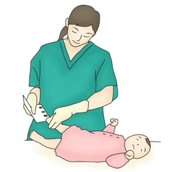 신생아의 발뒤꿈치에서 채혈을 하고 있는 간호사
